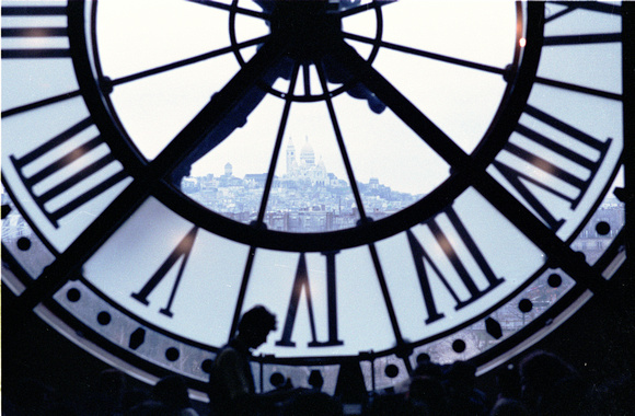 CLOCK IN PARIS03